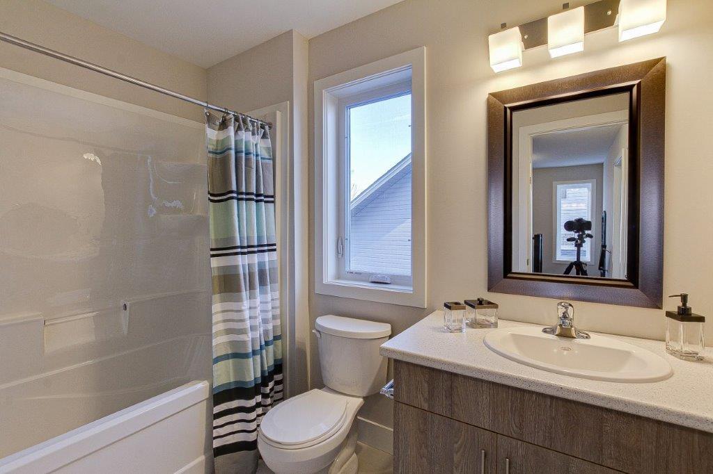 Catalina-Bathroom